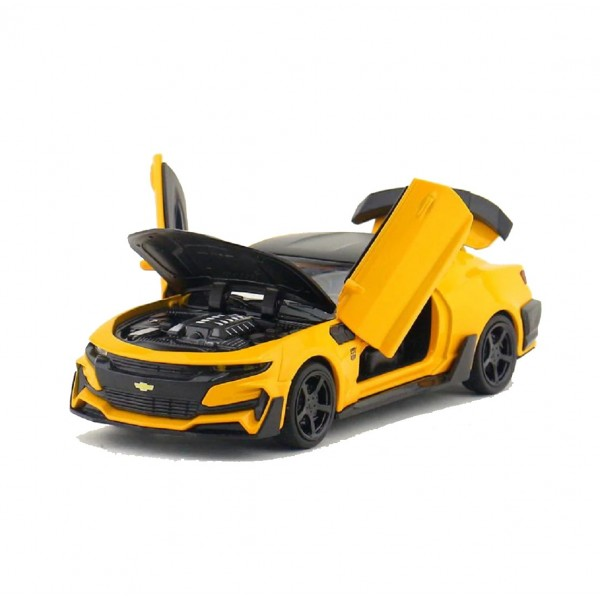 1:32 Die Cast Metal Body Chevrolet Camaro Pull Back Car Toy with Light and Sound Effects